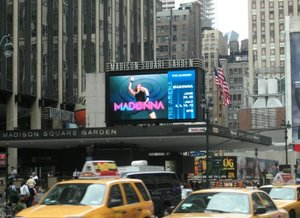 Nyc_msg_billboard_news_1