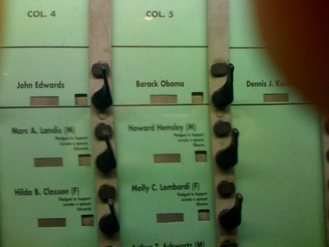 Voting_for_barack
